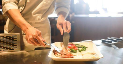 Kuchár/ kuchárka v rýchlo obslužnej reštaurácií